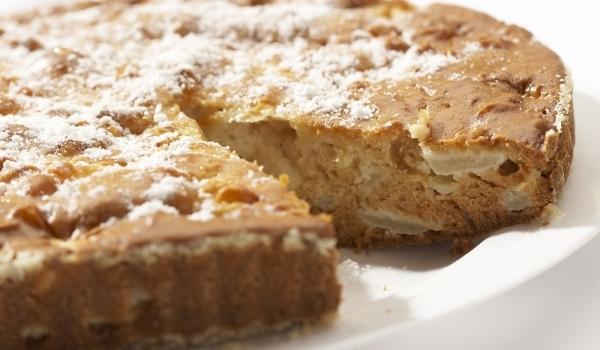 Точен кекс с ябълки
