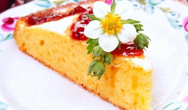 Обикновен кейк с кисело мляко