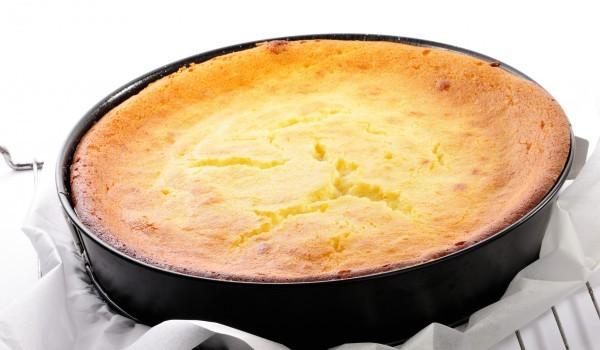 Сирена торта със стафиди