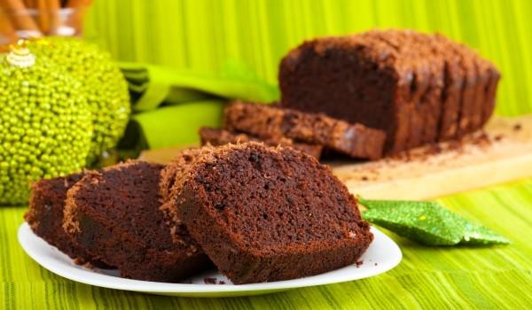 Кейк с шоколадови парченца и ром