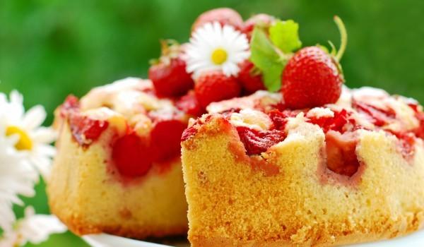 Пухкав кекс с ягоди