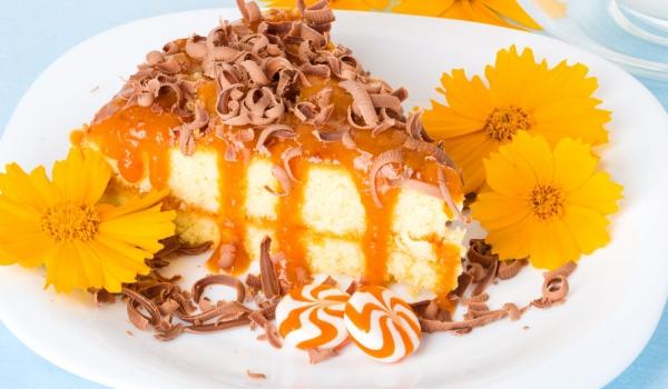 Торта с кайсиев крем