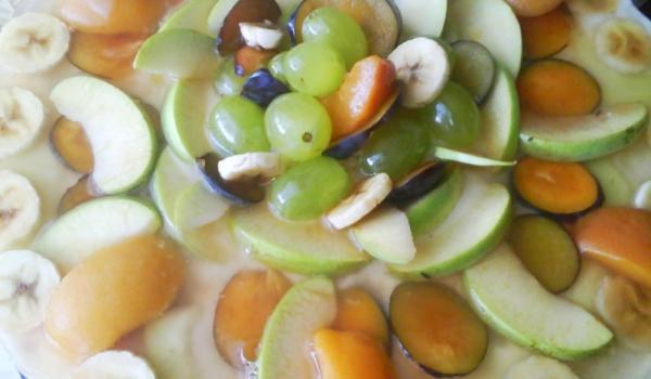 Домашна торта с желиран крем и плодове
