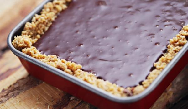 Шоколадов тарт с бисквити