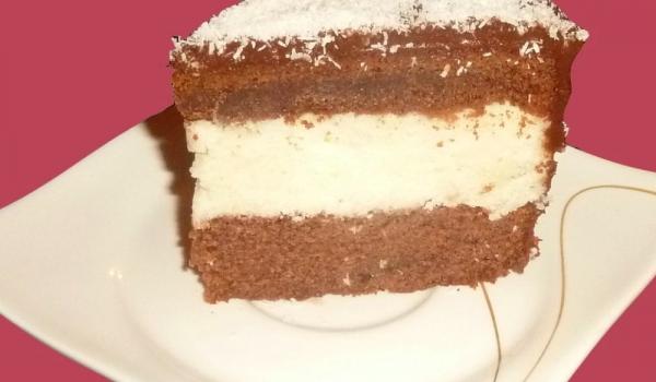 Шоколадово-кокосова торта с грис