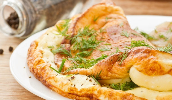 Омлет с пиле и праскова