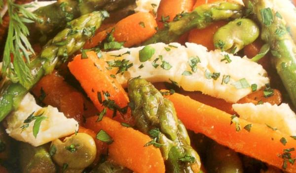 Пържени зеленчуци с омлет