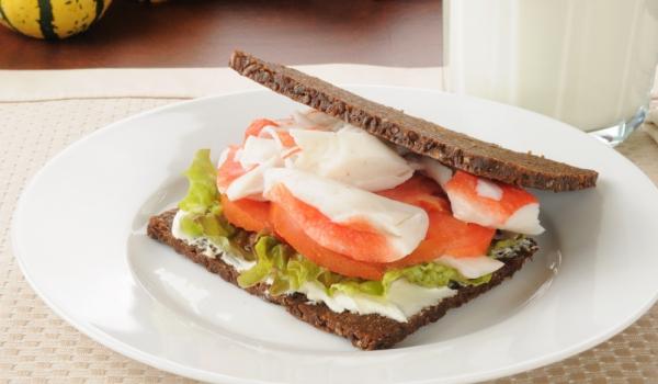 Сандвичи с раци и сардела
