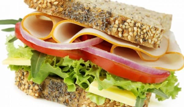 Много вкусен сандвич