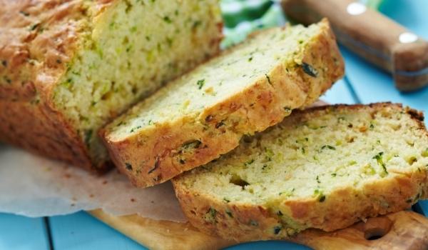 Царевично хлебче с тиквичка