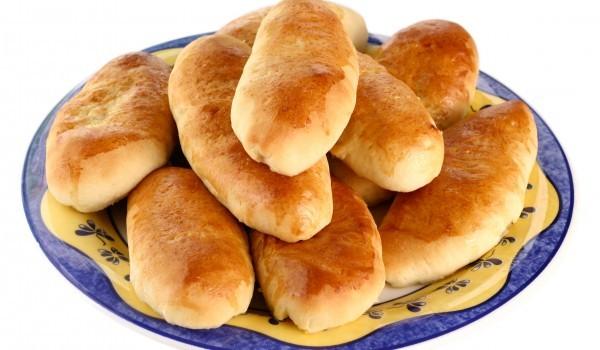 Ръжени чеснови хлебчета