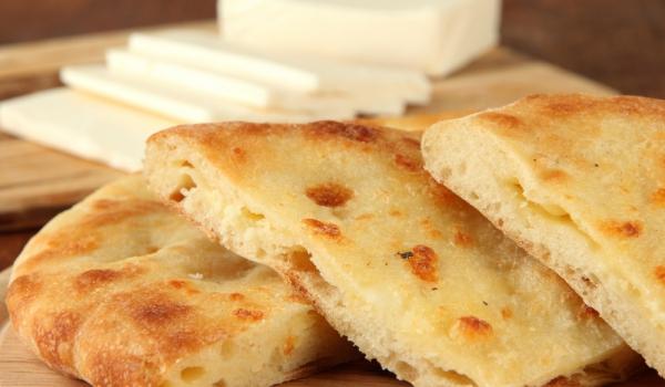 Пърленка със сирене на фурна