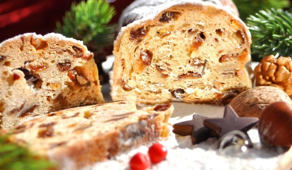 Коледен хляб със сушени плодове