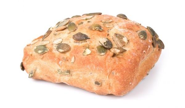 Пълнозърнести питки със семки