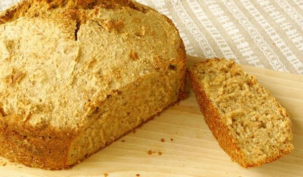 Вегетариански царевичен хляб