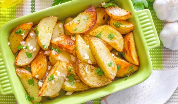 Картофи соте с чесън