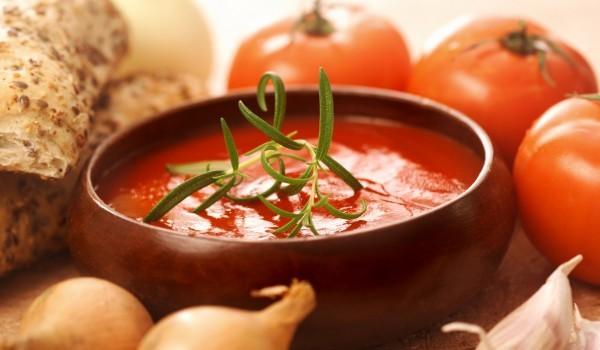 Бърз доматен сос