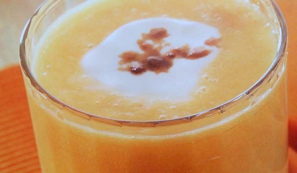 Кайсиево смути с портокал