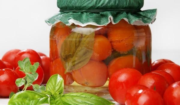 Туршия с домати чери