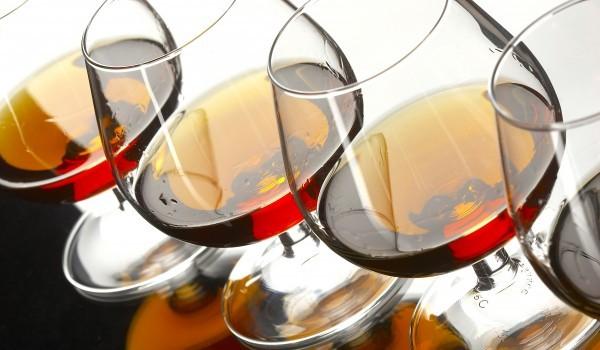 Вино с коняк